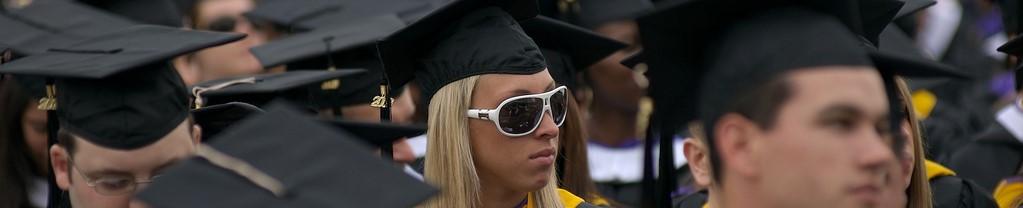 Oz-VA-Uni-Graduate